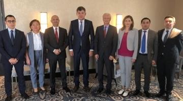 Министр здравоохранения РК провел встречу с представителями компании Hoffmann-La Roche